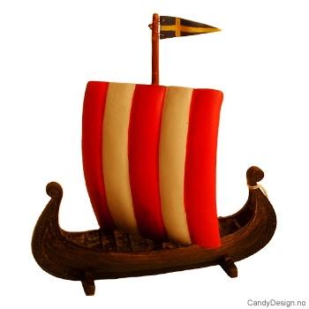 Vikingeskip med seil med Svensk flagg