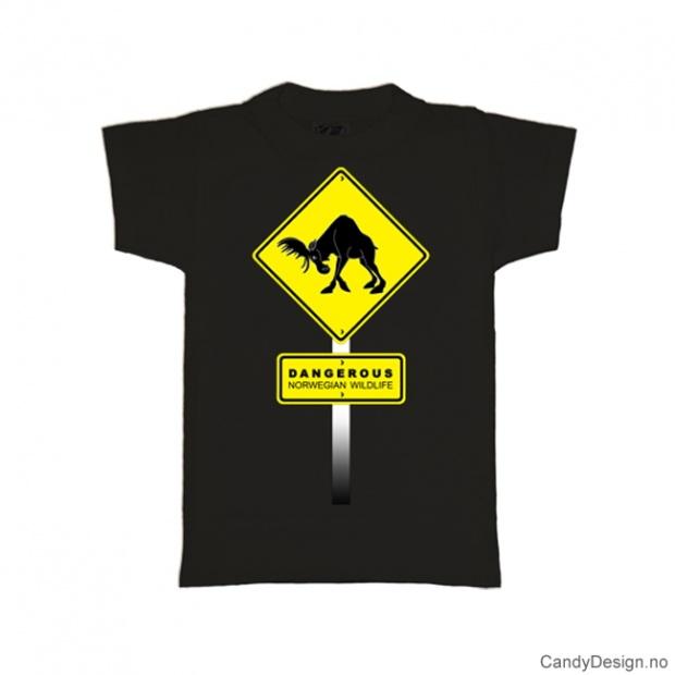 S- Herre Classic T-skjorte sort - Gult fareskilt med elg Dangerous Norwegian Wildlife