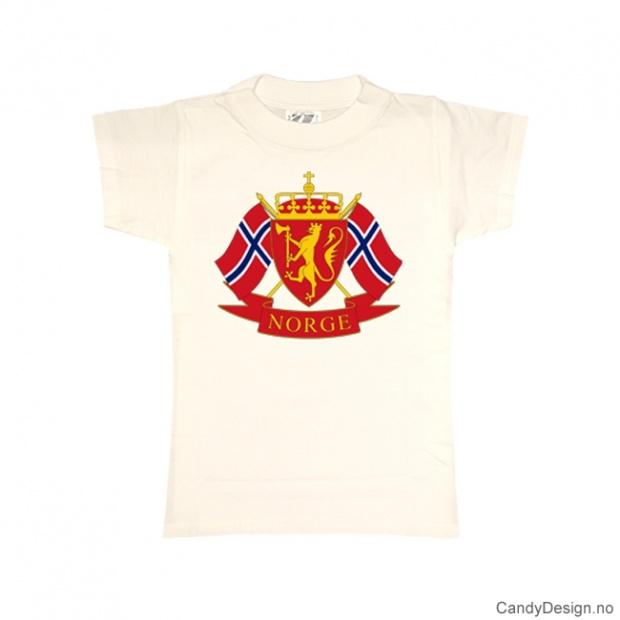 XS- Dame Classic T-skjorte hvit med riksvåpenet og to Norske flagg