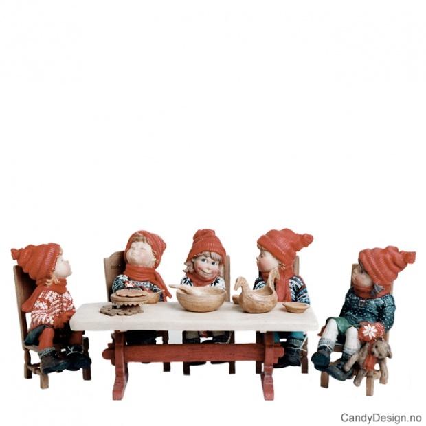 Kantsittende Julebarn assortert - kun figurer