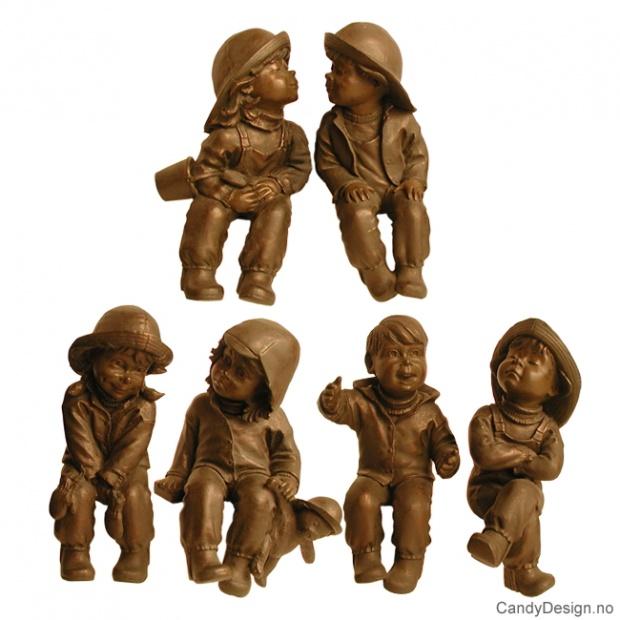Regntøybarn i bronse - Assortert