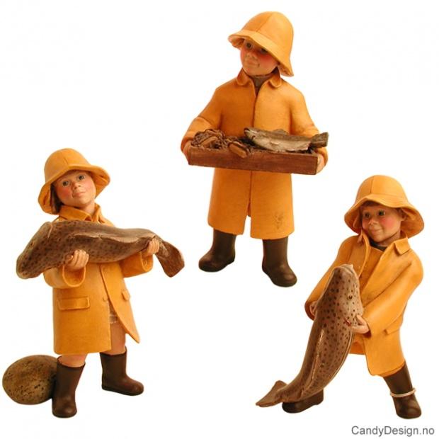 Enkle barn tilbake fra fisketur assortert