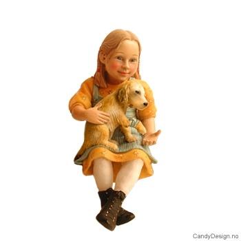 Carl Larsson barne figurer  - Pike med skadet hund