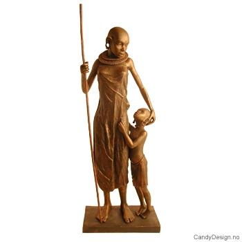 Bronsefarget Masaikvinne skulptur med barn