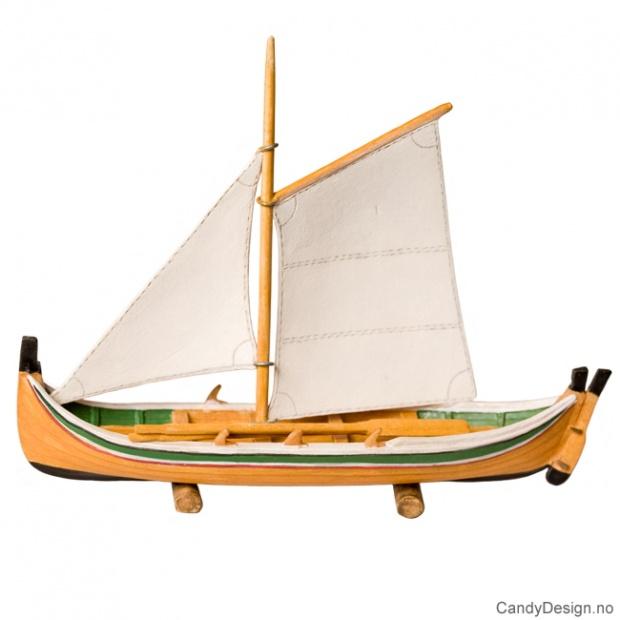 Nordlandsbåt suvenir med seil
